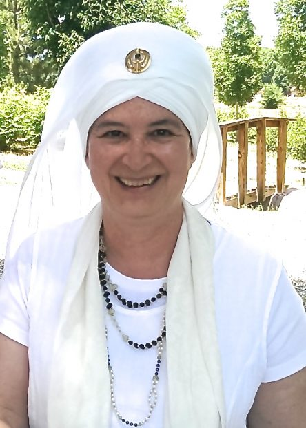 Journey of the Soul:Kundalini Yoga Therapy for Facing Death & Transforming Grief